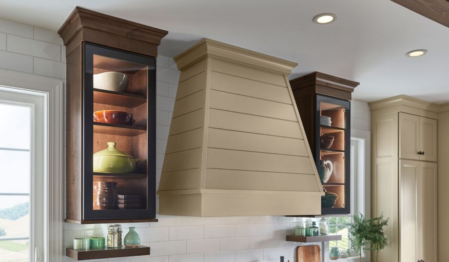 Tapered Hood with Shiplap